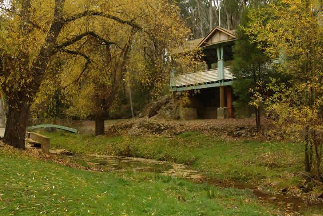 Autumn, Central Springs, spa country, Victoria, Australia