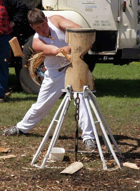 Woodchops are an Australian tradition at country shows. Geelong, Victoria, Australia