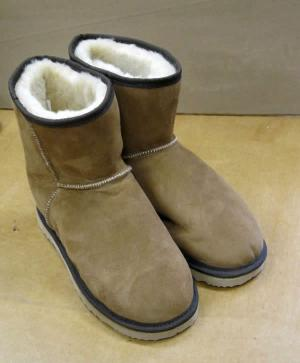 Short Sheepskin Classic Mini UGG Boot